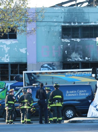 Oakland fire authorities 'know there are bodies in there we cannot get to'