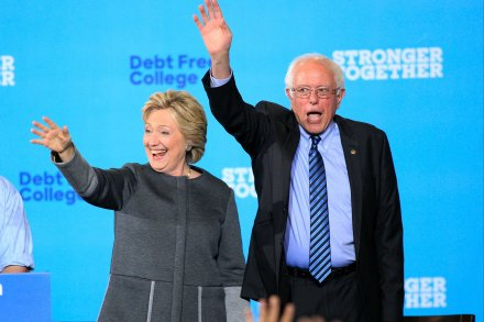 Sanders appears with Clinton in potentially key swing state of New Hampshire