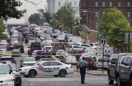 U.S. Navy Yard on lockdown after reports of active shooter