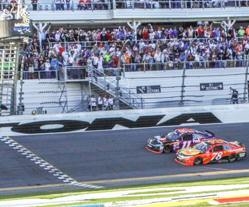 Denny Hamlin prevails in closest finish in Daytona 500 history