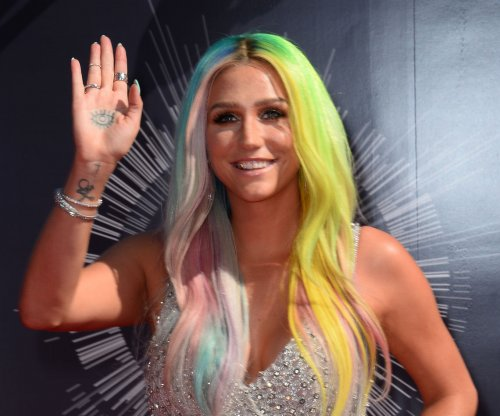 Dr. Luke's record label re-approves Kesha's BBMA performance