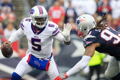 Buffalo Bills take fight to New England Patriots, score first road shutout in 26 years