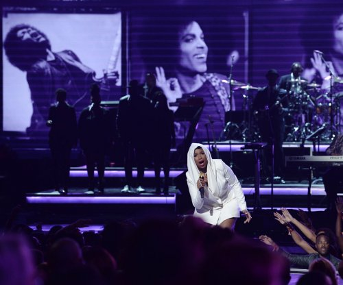 Lawsuit halts delivery of Prince EP 'Deliverance'