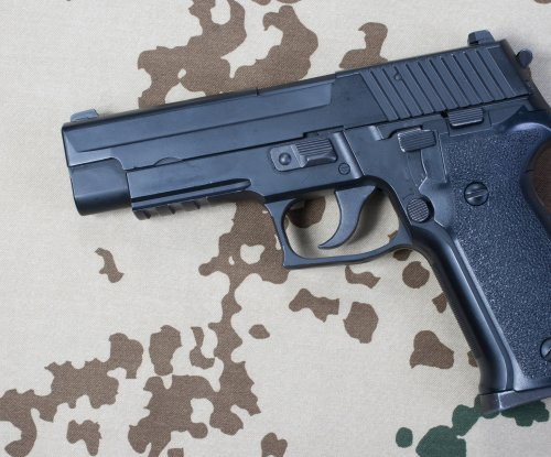 Retired NYPD officers, prosecutor indicted in gun license corruption