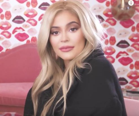 Kylie Jenner, Khloe Kardashian joke about having babies in new video