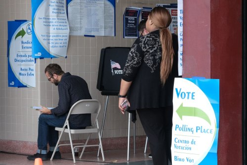 Judge rules Florida can't block ex-felons from voting over outstanding fees