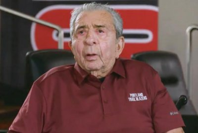 Blazers founder Harry Glickman dies at 96
