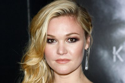Julia Stiles: Filming amid COVID-19 calls for an adjustment