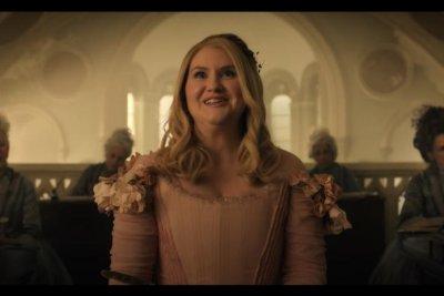 'Godmothered' trailer: Jillian Bell plays Isla Fisher's fairy godmother