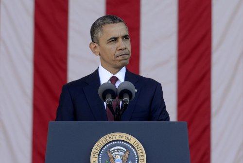 Obama to leverage public support