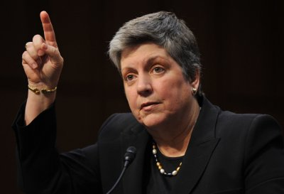 Napolitano offers farewell address, urges immigration reform