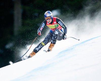 Sutter wins; Vonn nears World Cup title