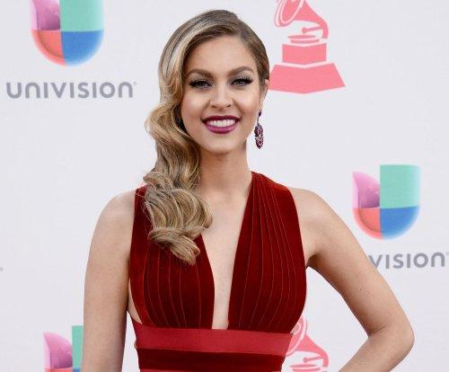 Jennifer Lopez, Marc Anthony dazzle on the Latin Grammys red carpet