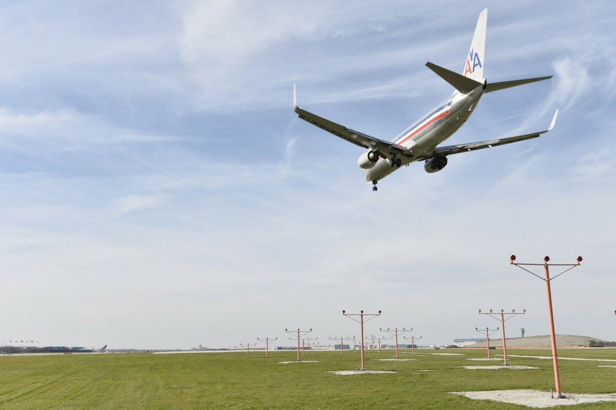 Climate study: Airline frequent flyer programs are 'high-polluting' luxuries