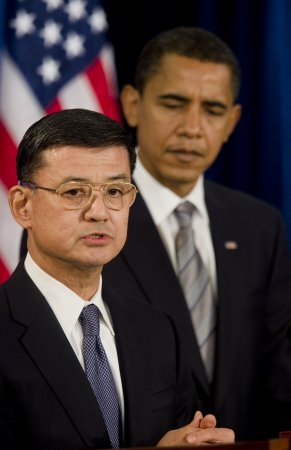 Shinseki pick good for war vets, bad for neocons