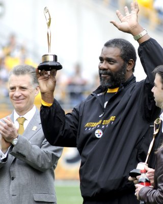 Mean Joe Greene retires from front office post with Steelers