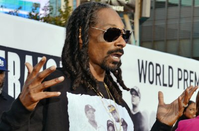 Snoop Dogg rolls out Merry Jane, the 'encyclopedia for the cannabis world'
