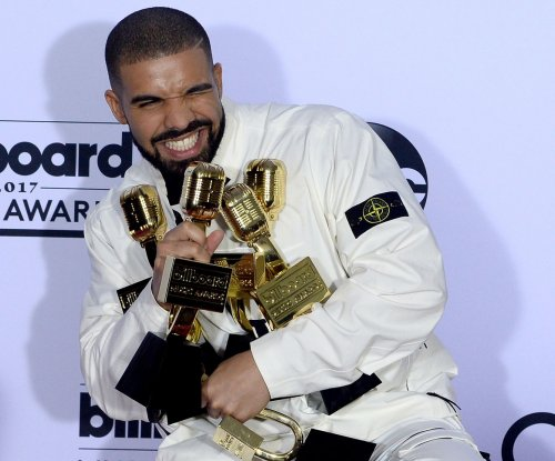 Drake's 'God's Plan' breaks single-day streaming records