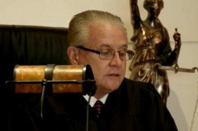 Billionaire sex offender Jeffrey Epstein settles 1 Fla. lawsuit