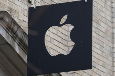 Court ruling bars sales of Apple iPhones in China