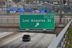 As urban life resumes, U.S. cities have chance to avoid return to gridlock