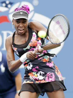 Serena, Venus Williams among early U.S. Open winners