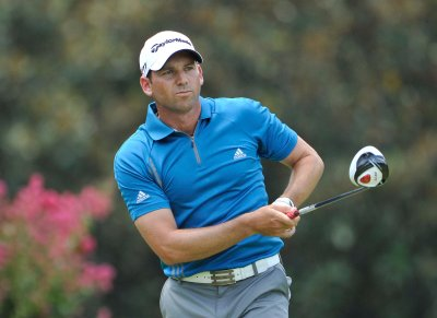 Garcia jumps to front at Castello Masters