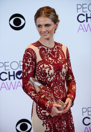 Stana Katic 'blown away' by People's Choice Award win