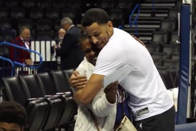 Thunder's Andre Roberson gifts grandmother money to adopt grandchildren