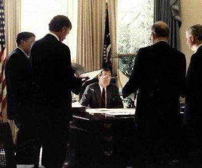 Congress to George H.W. Bush: You can make war