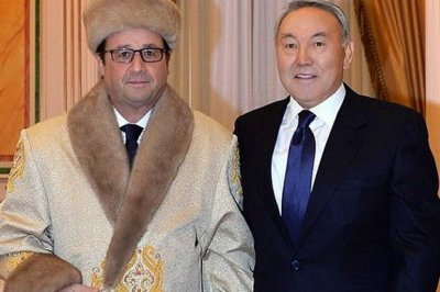 Photo of Francois Hollande in Kazakh costume spawns Twitter spoofs