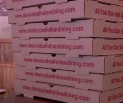 Portland pizzeria owner offers free pies in bid for house