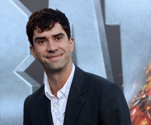 Hamish Linklater to star in TV Land pilot 'I Shudder'