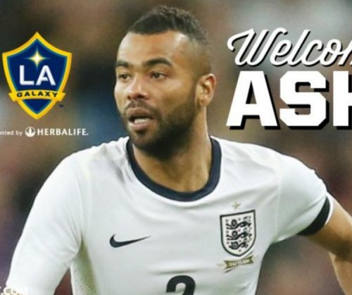 Los Angeles Galaxy snatch Premier League's Ashley Cole