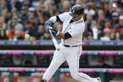 Victor Martinez blast three HRs in Detroit Tigers' victory