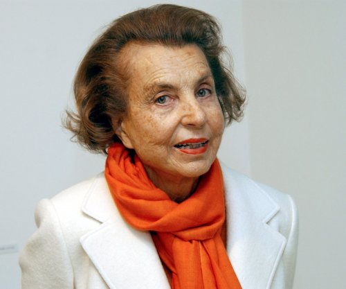 ‪Liliane Bettencourt, L'Oréal heiress, dies at 94