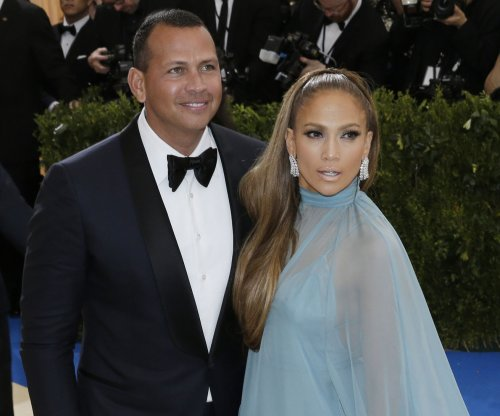 Jennifer Lopez, Alex Rodriguez raise $35 million for Puerto Rico