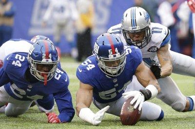 New York Giants DE Olivier Vernon no longer kneeling during anthem