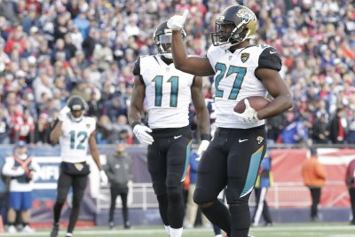 Jacksonville Jaguars' Leonard Fournette questionable vs. New England Patriots
