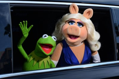 Kermit confirms new Muppet show for Disney+
