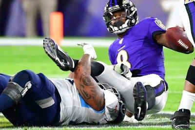 Denver Broncos' Jurrell Casey: Titans threw me away 'like a piece of trash'
