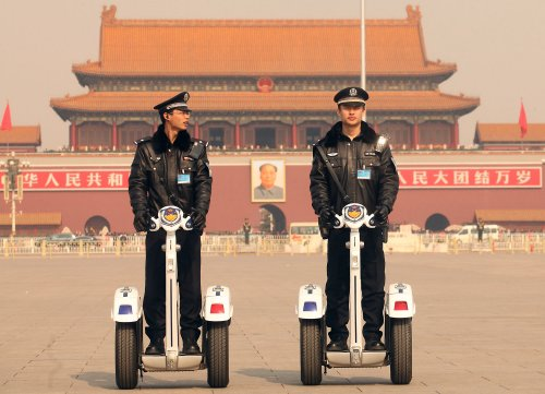 End repression, rights groups tell China