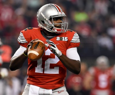 Ohio State football: Urban Meyer says J.T. Barrett, Cardale Jones may play in Buckeyes' opener