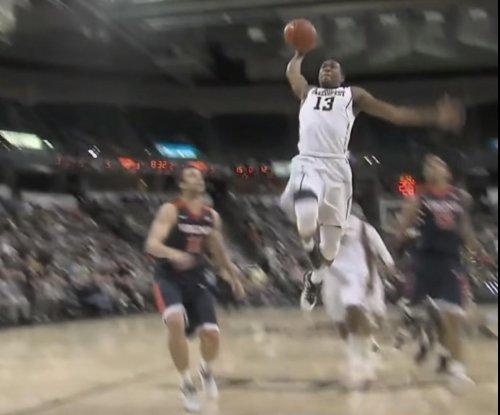 No. 11 Virginia escapes with win over Wake Forest