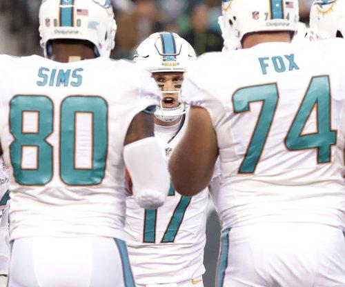 Miami Dolphins add Kraig Urbik to OL