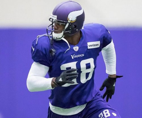 Minnesota Vikings RB Adrian Peterson 'extremely hungry' to play