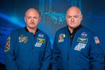 Astronaut Kelly twins show space travel doesn't bring lasting bio changes