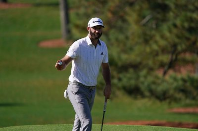 Dustin Johnson storms to Round 3 lead at Masters
