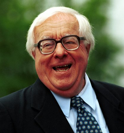 Author Ray Bradbury dead at 91