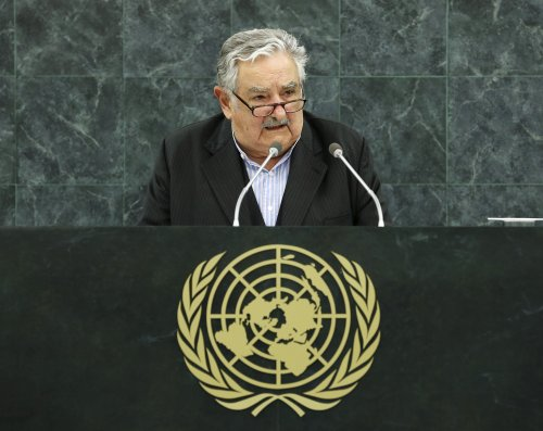 Uruguay to bar foreigners buying land